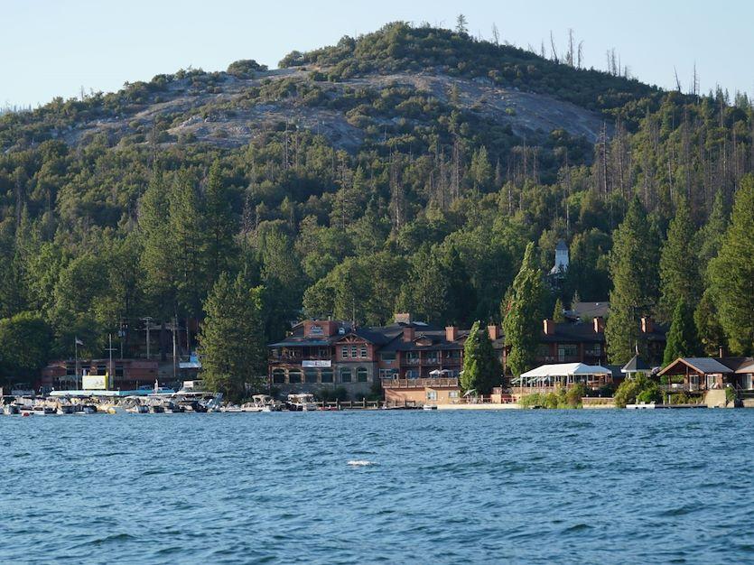 Benefits of off-site Retreats in Pines Resort Bass Lake, California