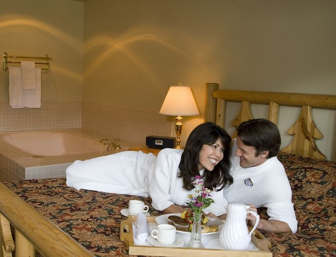 Bed & Breakfast Package At The Pines Resort Bass Lake California
