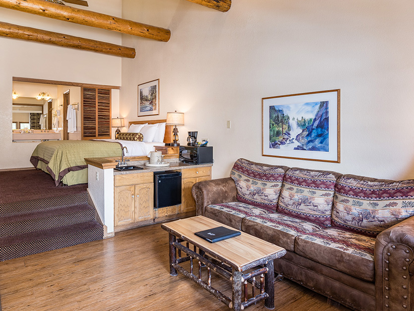 Accessible Lakefront Spa Suite at The Pines Resort, California