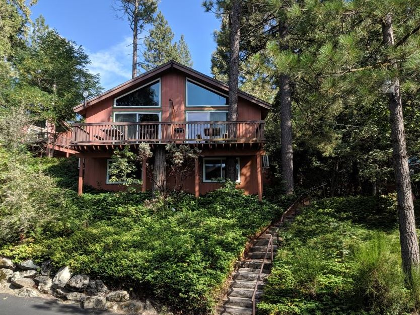 The Pines Resort, California Chalets