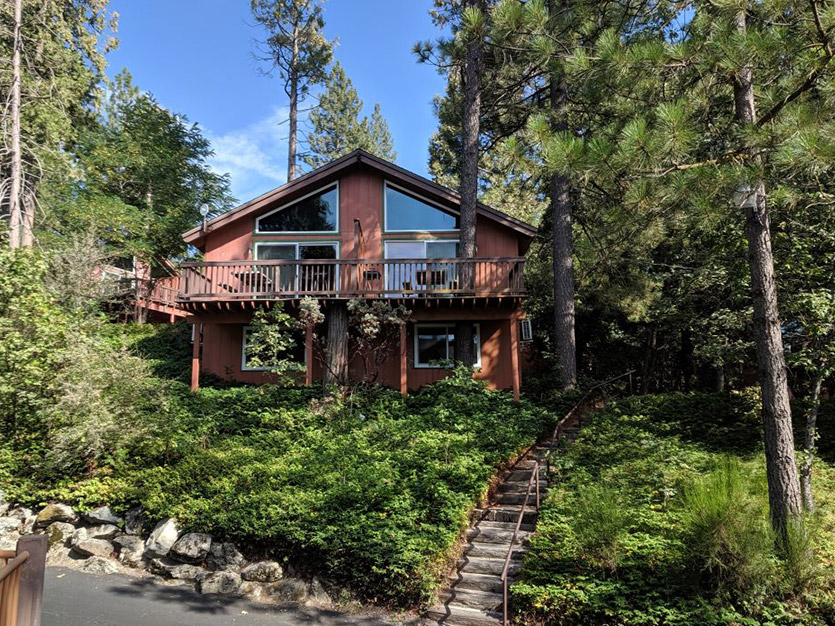 Standard 1 King-Bed Chalet at The Pines Resort, California