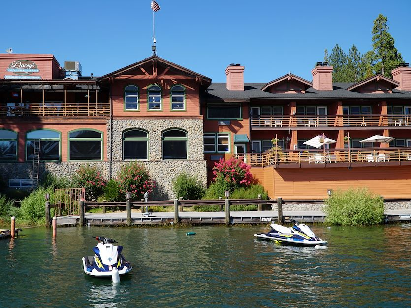 Lakeside Suites at The Pines Resort, California