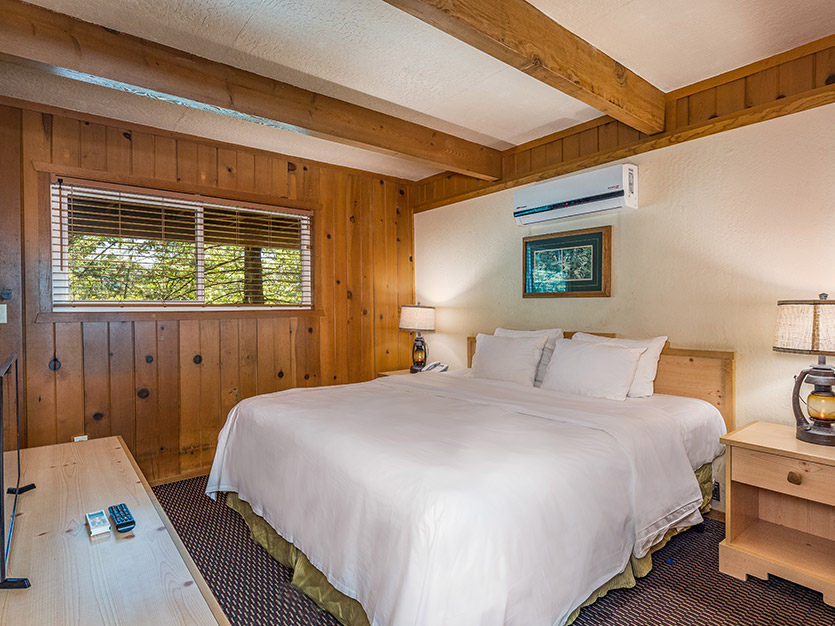 2 Bedrooms 2 King Beds Chalet at The Pines Resort, California