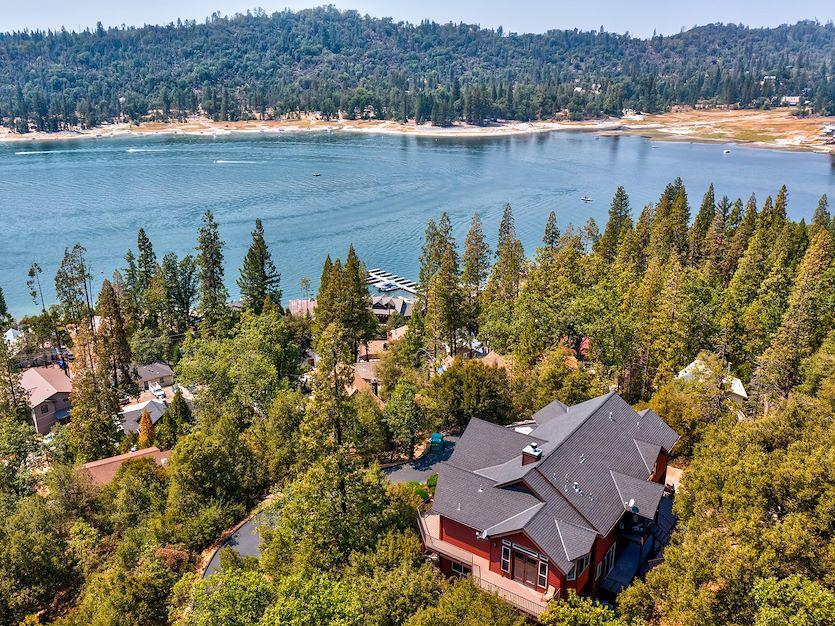 Rental Cabins at The Pines Resort, California